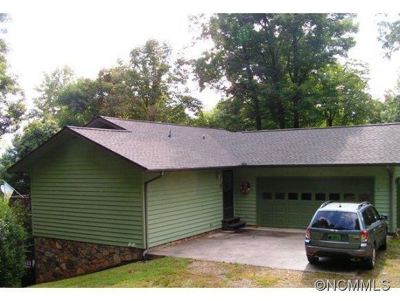 1199 Wildwood Dr, Burnsville, NC 28714