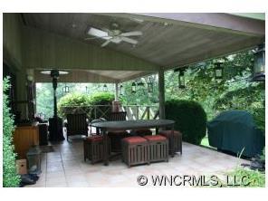 280 White Oak Cir, Burnsville NC 28714