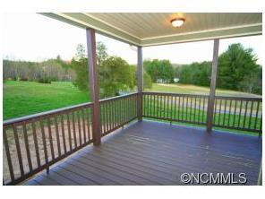 88 Triple Fairways Dr, Hendersonville NC 28739