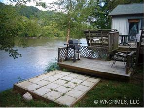 1421 River Rd, Hot Springs NC 28743