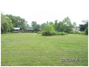 142 Mulberry Ln Canton, NC 28716