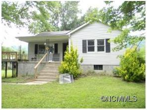 142 Mulberry Ln, Canton, NC 28716