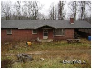 568 Roland Jones Rd, Hendersonville, NC
