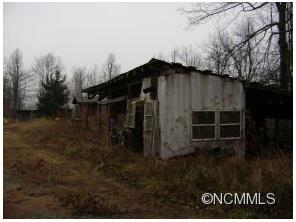 568 Roland Jones Rd, Hendersonville NC 28792