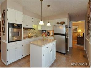 1006 New Haw Creek Rd, Asheville NC 28805