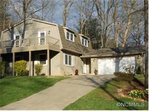 2 Forest Ridge Dr, Arden, NC 28704