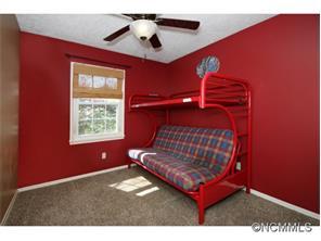 42 Knoll Ridge Dr, Asheville NC 28804