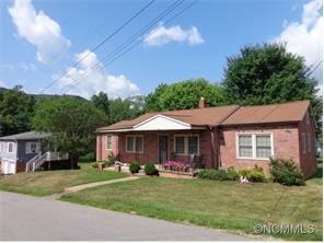 39 Harkins Ave, Canton NC 28716