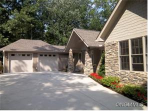 540 Silent Forest Dr, Canton, NC
