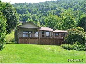 223 Highview Dr, Maggie Valley, NC