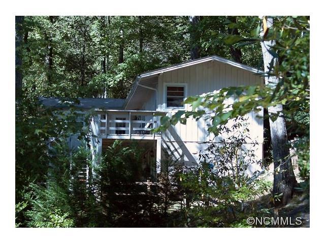 71 W Dogwood Ln, Lake Toxaway, NC