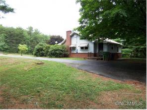 75 Oak Hill Dr, Asheville, NC