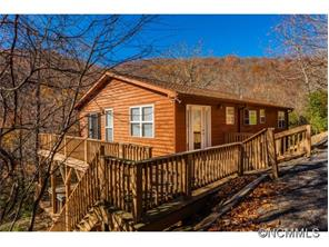 7 Red Oak Forest Ln, Fairview, NC