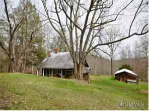 1813 Low Gap Rd, Hendersonville, NC