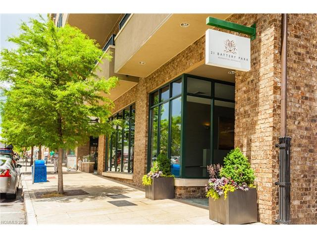 21 Battery Park Ave #APT 404, Asheville, NC