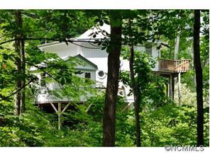 1624 Apple Creek Rd, Waynesville, NC