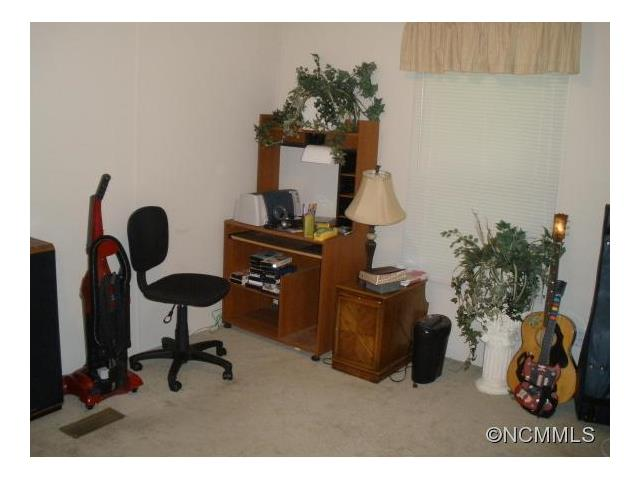 283 Rovingwood Dr, Waynesville NC 28785