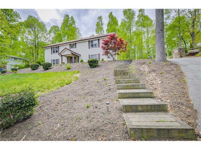 150 Beechwood Cir, Hendersonville, NC
