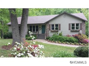 1227 Old Fort Rd, Fairview, NC