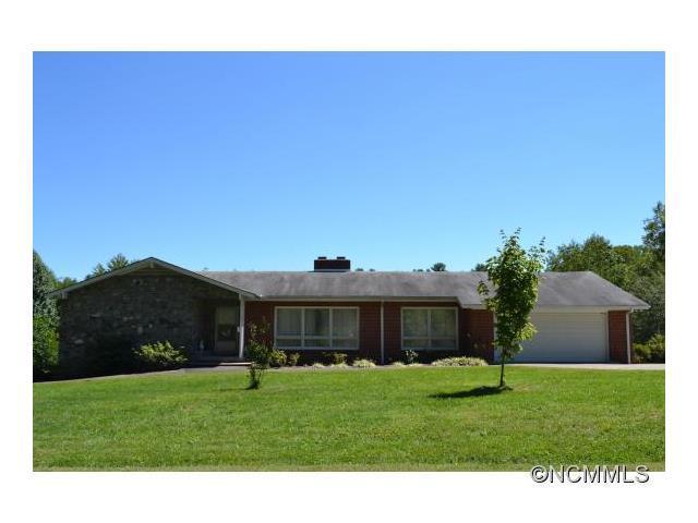 1350 Kanuga Rd, Hendersonville, NC