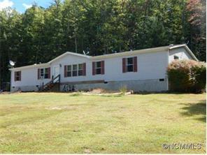 569 Island Hollow Rd, Hot Springs NC 28743