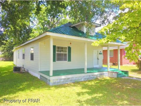 513 15th St, Lumberton, NC 28358 MLS# 548550 - Movoto.com Mobile Homes For Rent In Lumberton Nc on the parker mansion lumberton nc, homes for rent in lumberton, homes for rent florence sc, wanted lumberton nc, apartments in lumberton nc, people in lumberton nc, north carolina lumberton nc, lumberton city nc, restaurants lumberton nc, nurses in lumberton nc, jobs lumberton nc,