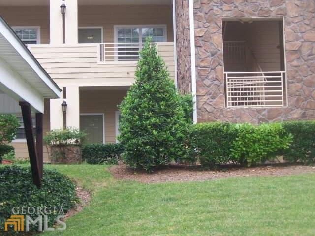94 Gleneagle Ct #APT 103, Clayton, GA