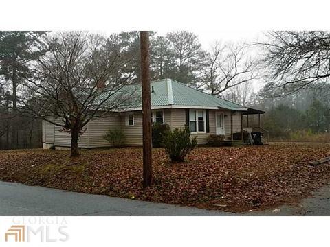 6547 Dixie Lake Rd, Union City, GA 30291