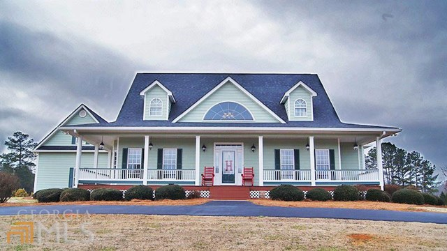 230 Red Haven Ln, Williamson, GA