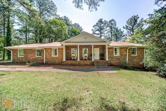 343 Hal Jones Rd, Newnan, GA