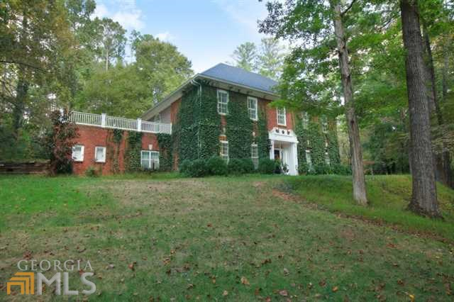 221 Old Hickory Rd, Woodstock, GA