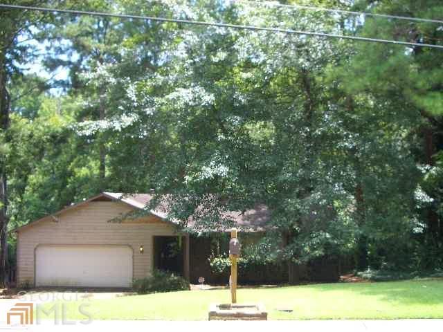 1426 Winchester Trl, Riverdale, GA