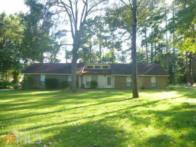 105 Oak Hollow Dr, Statesboro, GA