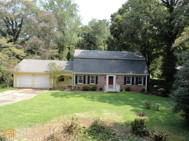 2825 Indian Trail Dr, Tucker, GA