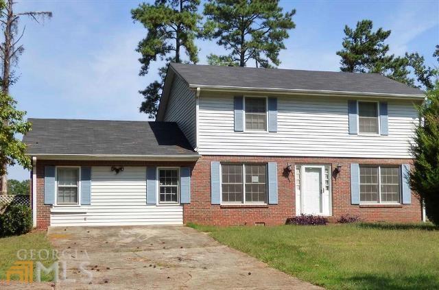 2029 Cedar Hill Dr, Riverdale, GA