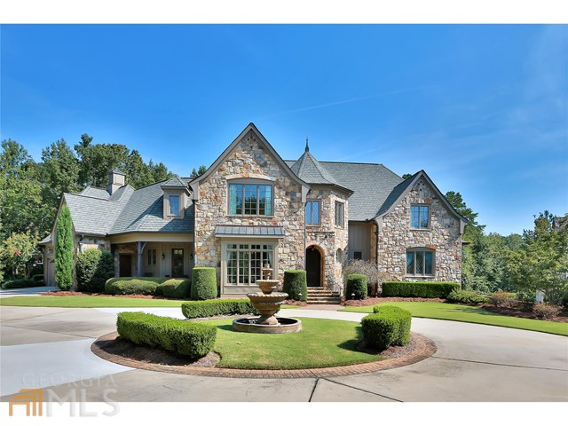 130 Newhaven Dr, Fayetteville, GA