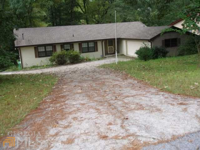 2819 Biscayne Dr, Conyers, GA