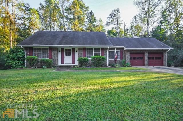 445 Willow Creek Rd, Fairburn, GA
