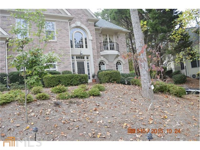 210 Southern Hill Dr, Duluth, GA