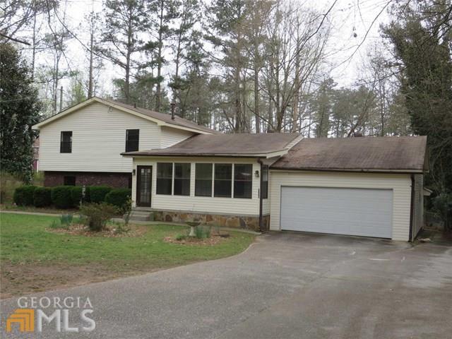2325 Lago Dr, Jonesboro, GA