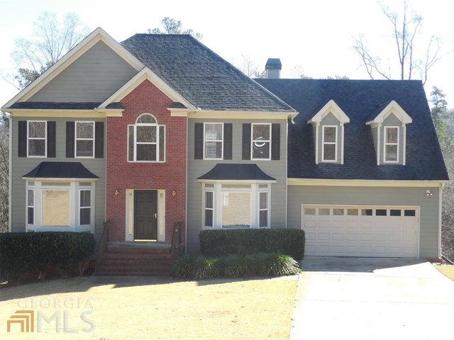 4412 Shellie Ln, Oakwood, GA