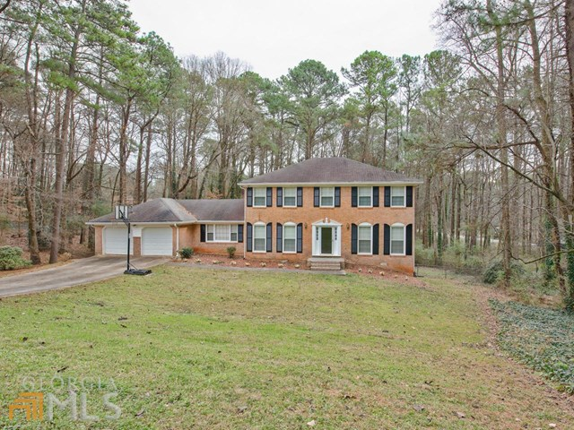 5127 Stratmor Ct, Stone Mountain, GA
