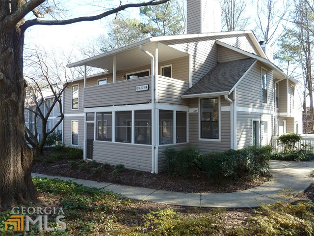 1313 Wynnes Ridge Cir, Marietta, GA