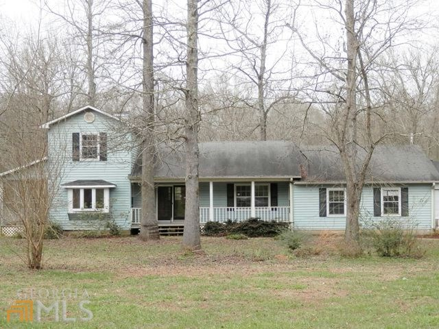 151 Trout Ln, Commerce, GA