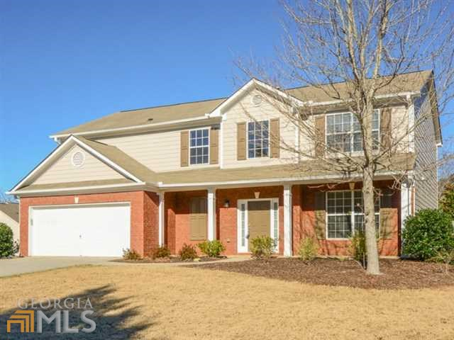 1079 Forest Creek Dr, Canton, GA