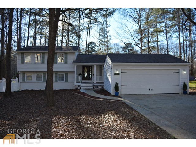 620 Golfview Dr, Peachtree City, GA