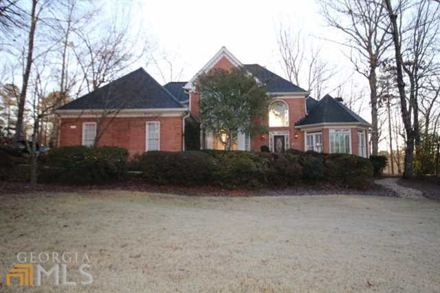 210 Wicklawn Way, Roswell, GA