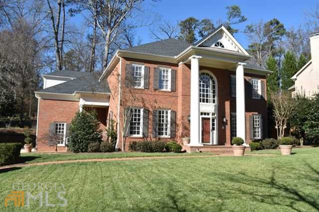 1321 Twelve Oaks Cir, Atlanta, GA