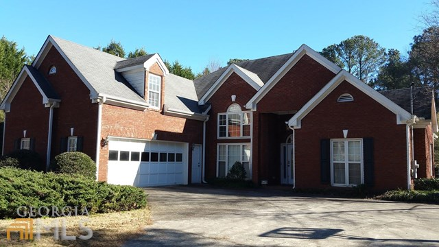 2068 Rockdale Cir, Snellville, GA