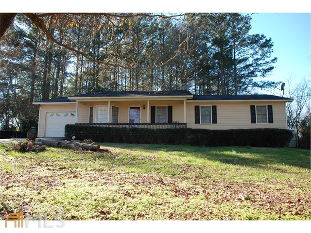 3760 Sunny Hill Dr, Loganville, GA